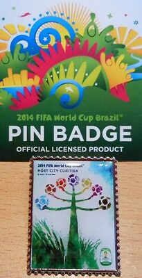 Pin + Plakat Motiv 8 + 2014 FIFA World Cup Brazil + 3,0x2,5 cm + OVP Lizenz #20