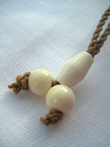 Hawaii Jewelry Flower Buffalo Bone Carved Pendant Necklace//Choker # 35369