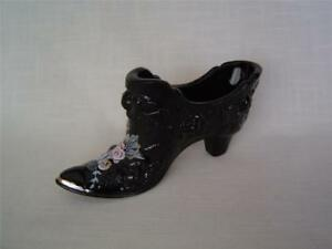 Fenton-Glass-Black-Victorian-Shoe-Slipper-Embossed-Roses-Hand-Painted-D-Robinson