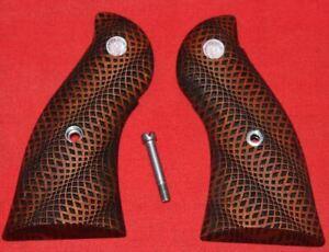 Ruger-Firearms-Redhawk-Grips