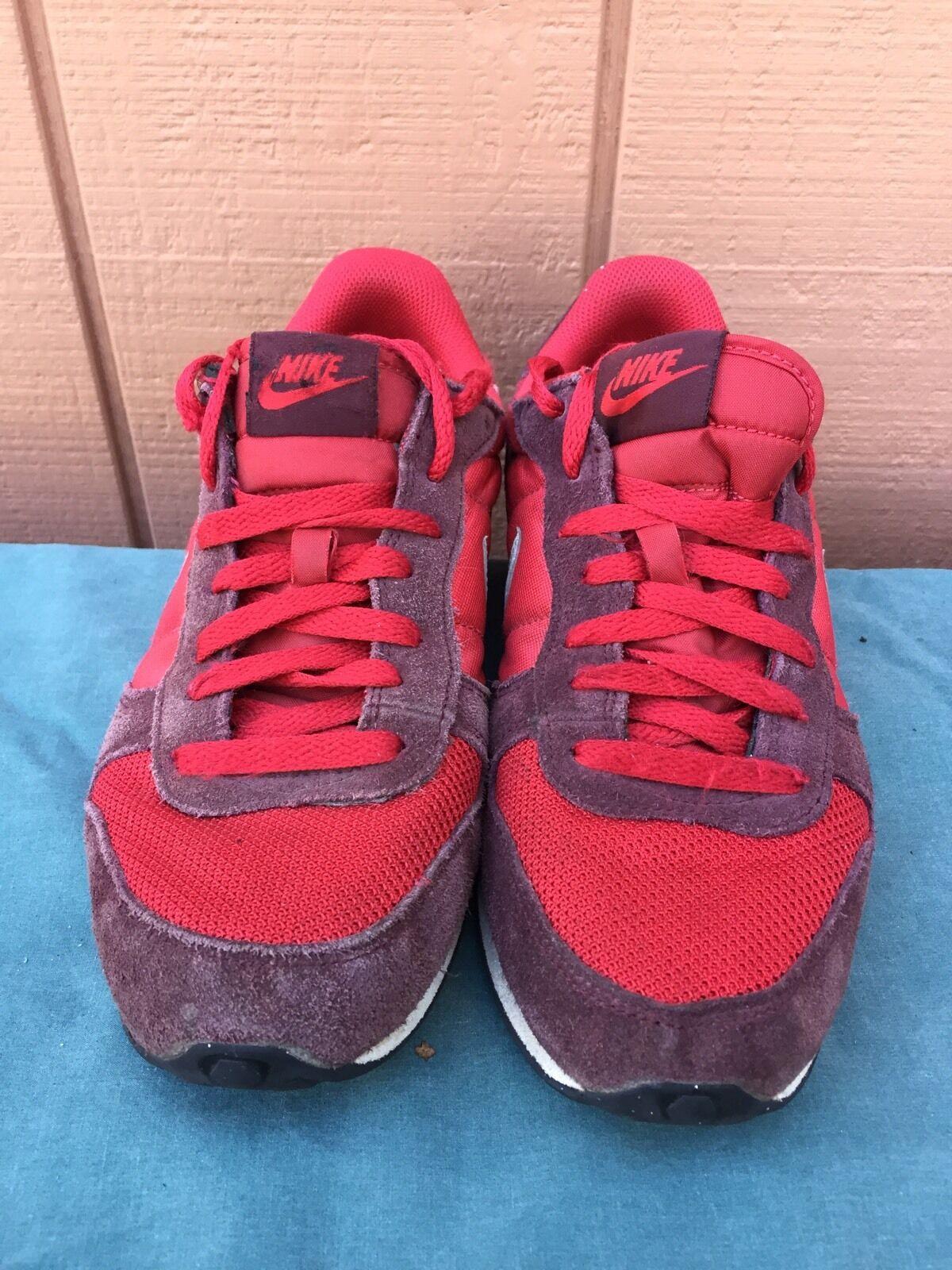 RARE NIKE Genicco Red White Men's Running Shoes 644441-606 US Sz 8 EU 41