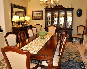 ... Thomasville River Roads Dining Set With Hutch Beautiful