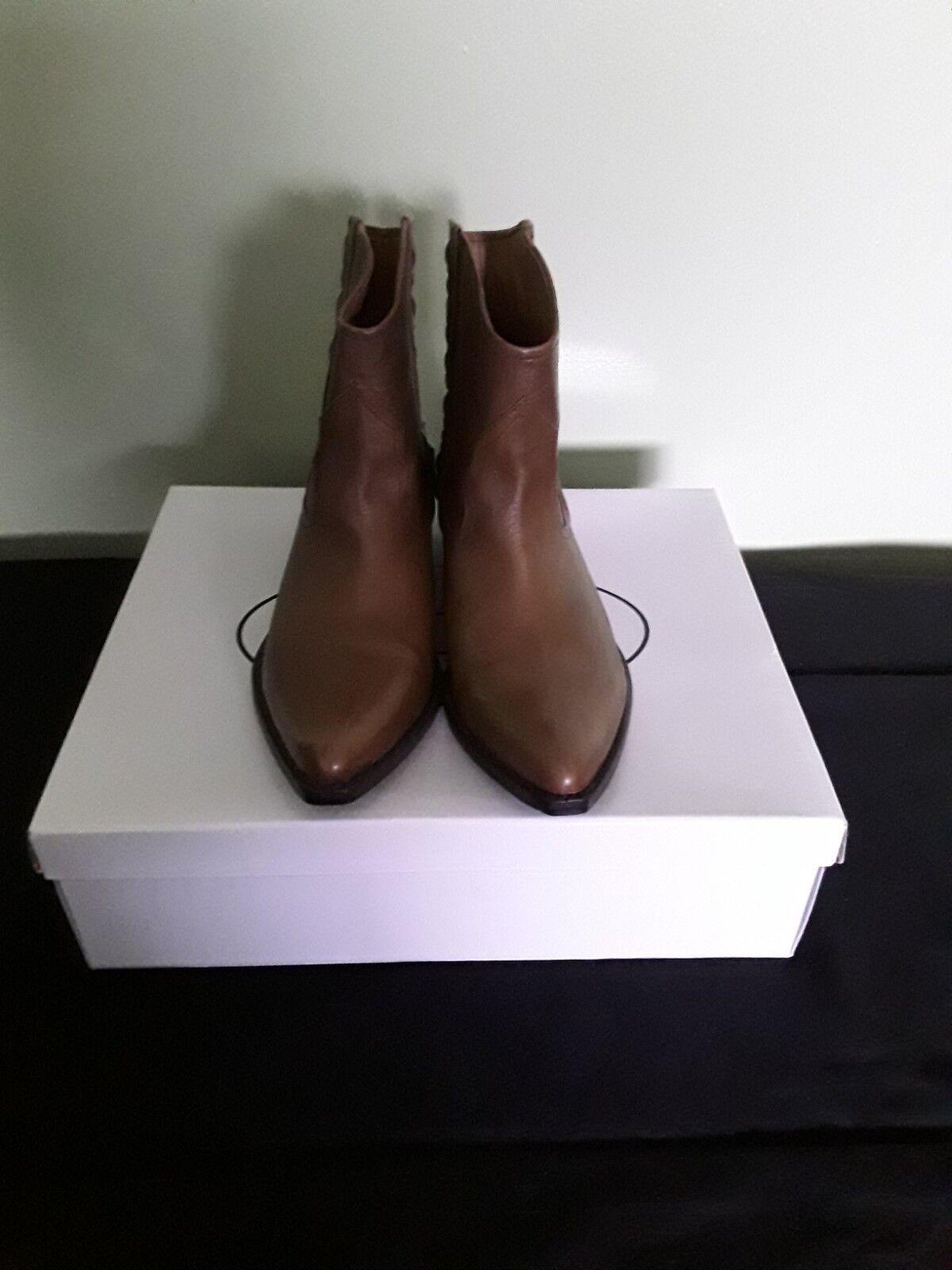 Steve Madden 100% Ginuwine Cognac leather Stiefel Größe 7.5 damen NEW