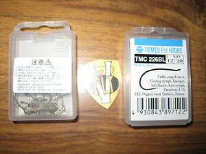 2 Tiemco Tmc 226bl Ultimate Caddis Pupa Barbless Bronze Up