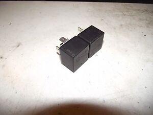 PEUGEOT 306 relais 03501 Noir