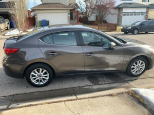 2016 Mazda 3 (Mint condition, one owner)