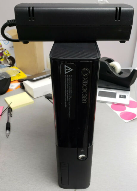 Xbox 360 E 4gb With Controller