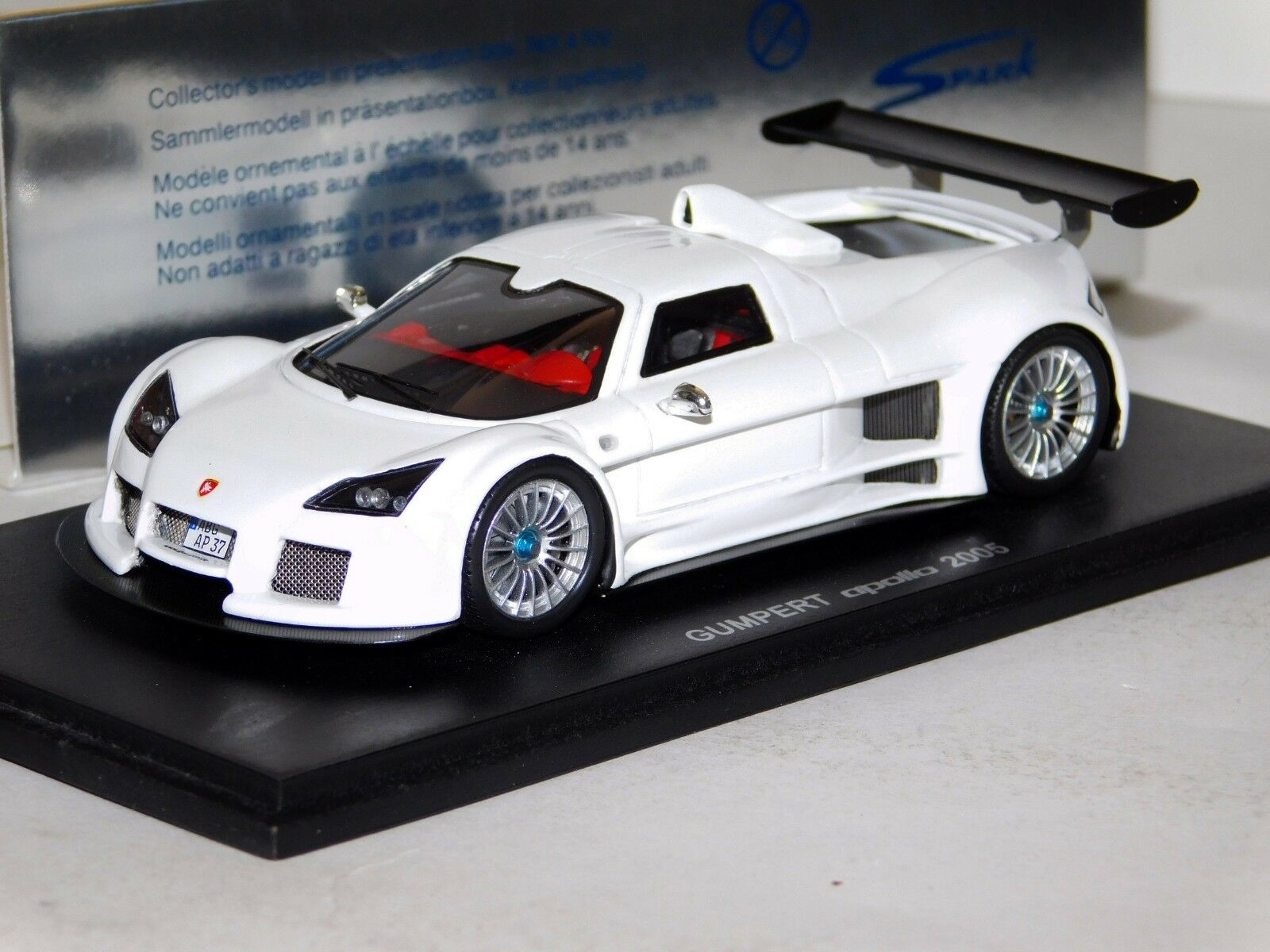 Gumpert Apollo biancao 2005 Spark S0667 1 43