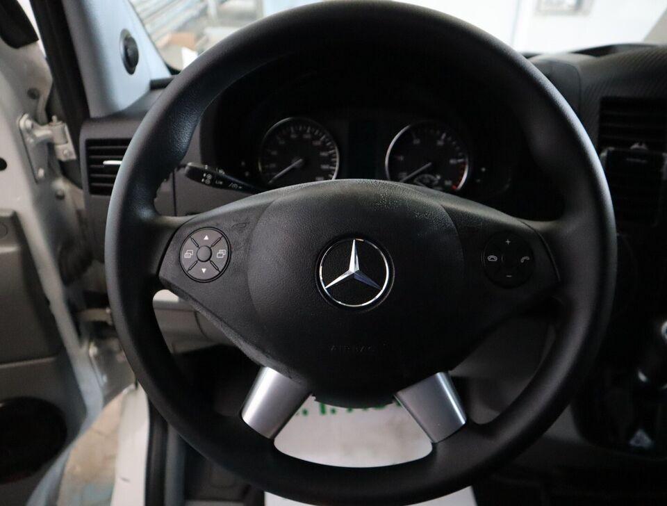 Mercedes Sprinter 319 3,0 CDi R3L Kassevogn aut. d Diesel
