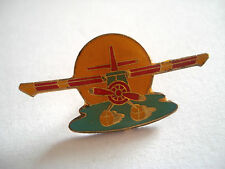 PINS AVION CAMEL