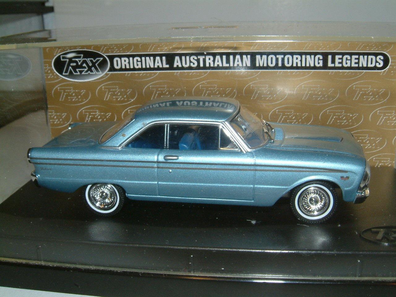 1 43 Trax FORD 1964 XM Falcon Futura Hardtop dans Bleu clair atteint. Australie TG