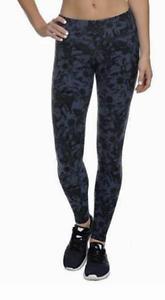 Danskin Women/'s Ankle Yoga Pant Midnight Navy Crinkle Flower