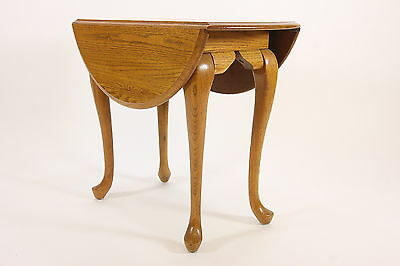 Queen Anne Style Drop Leaf End Table Cabriole Legs Solid Oak USA Made