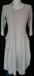 Kleid-mit-3-4-Arm-von-Rundholz-in-beige-Gr-M