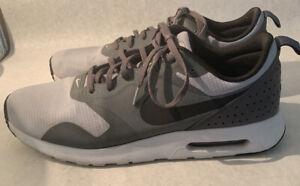 Nike-Air-Max-Tavas-Men-s-12-5-Wolf-Grey-Dark-Grey-Pure-Platinum-Black-705149-012
