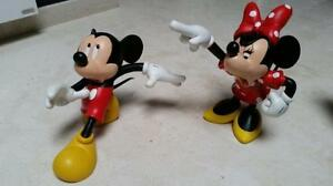 Details About Extremely Rare Walt Disney Mickey Running From Angry Minnie Mouse Statue Set