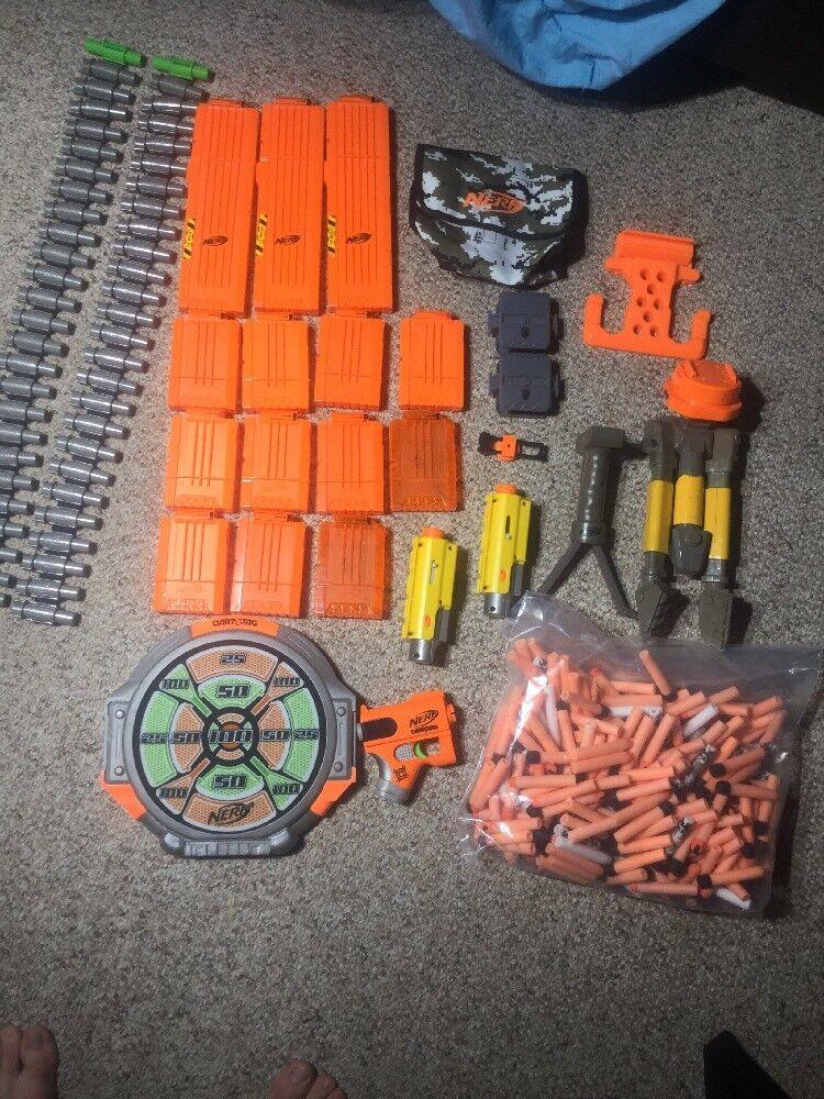 LOT NERF NERF NERF DART 13 GUN CLIPS, 2 CHAINS, 250 darts Tripods Accessories 6ee411
