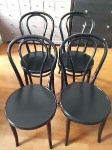 lot de 4 chaises bistrot en bon état