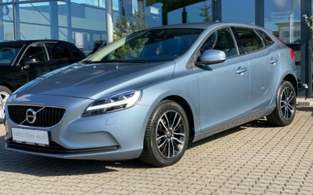 Volvo V40 2,0 D2 120 Business Advanced Diesel modelår 2017…