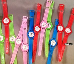 lot-of-100-birthday-party-toy-WRiST-Watches-plastic-favor-wristband-giveaway-new