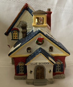 Lemax 1993 Porcelain Christmas Village Olde School House Good Cond 35091