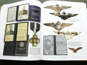 SIGNED-US-Army-WW1-AIR-SERVICE-PILOT-WING-FLIGHT-BADGE-INSIGNIA-REFERENCE-BOOK-G