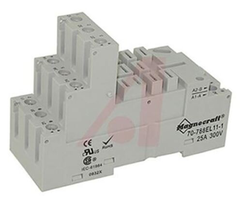 300V for use with 788 Series Relay Schneider Electric Relay Socket