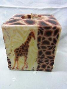 Swazi-Kerze-Giraffe-Afrika-Fair-Trade-9-x-9-cm