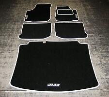 "Car Mats in Black/White to fit VW/Volkswagen Golf Mk4 + Boot Mat + ""R32"" Logos"