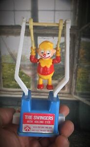 THE-SWINGERS-WITH-ROLLING-EYES-Vintage-60-039-JOUET-mecanique-Clown-acrobate