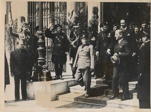CHANCELIER-SCHUSCHNIGG-ET-MUSSOLINI-ROME-1937-COPYRIGHT-2-PHOTOGRAPHIES-TRAMPUS