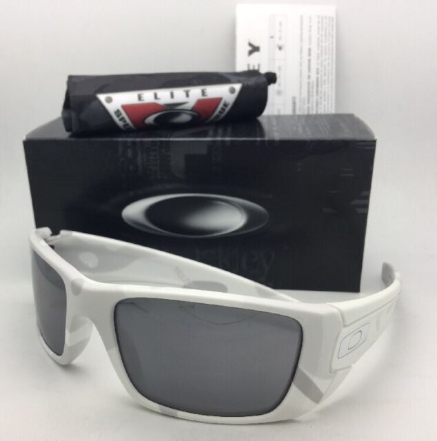eb7e44f1a964 Oakley Sunglasses Fuel Cell Oo9096-g6 60-19 Alpine White Camo W ...