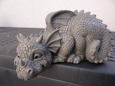 Gartendrache Kantenhocker 2014 Drache Figur Dragon