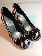 Hot Tomato Womens Shoes Sz 7.5 Zebra Pattern Shoes