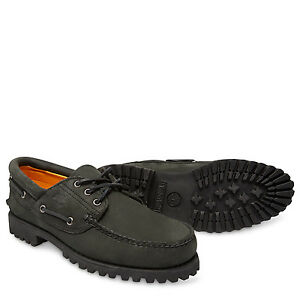 Authentics 3 Eye Classic Lug- Black boat shoes