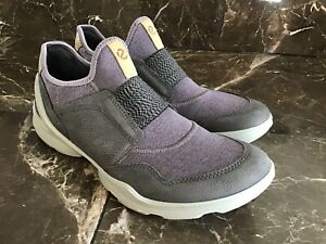 Biom Street Slip on Sneaker