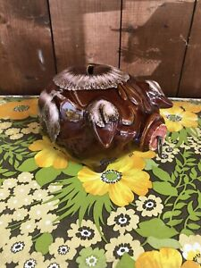 Vintage-1957-USA-Hull-Pottery-Corky-Pig-Piggy-Bank-Brown-Drip-Glaze-with-Cork