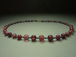 Beautiful-Vintage-Bohemian-Wine-Red-Glass-Painted-Flower-Roses-Bead-Necklace