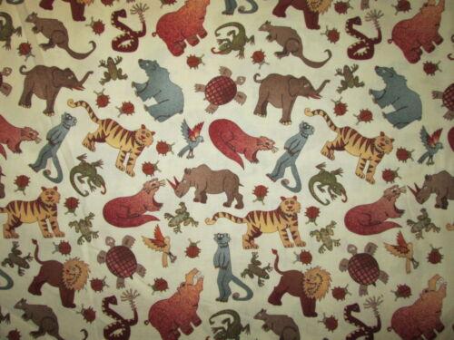 ANIMALS JUNGLE LION LIZARD RHINO FROG TURTLE CREAM COTTON FABRIC FQ