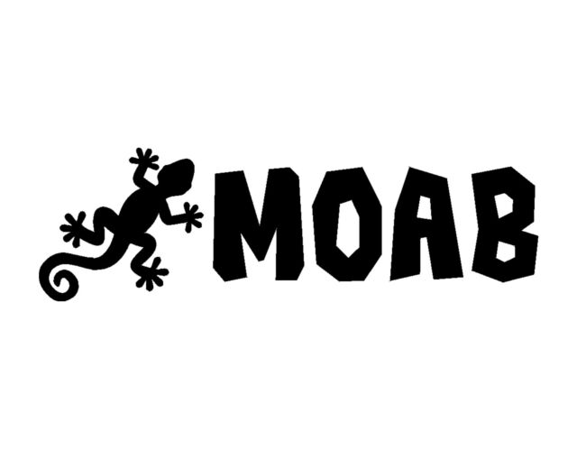 Moab gecko vinyl decal sticker black 3x9 4x4 utah four wheeling jeep climb jdm