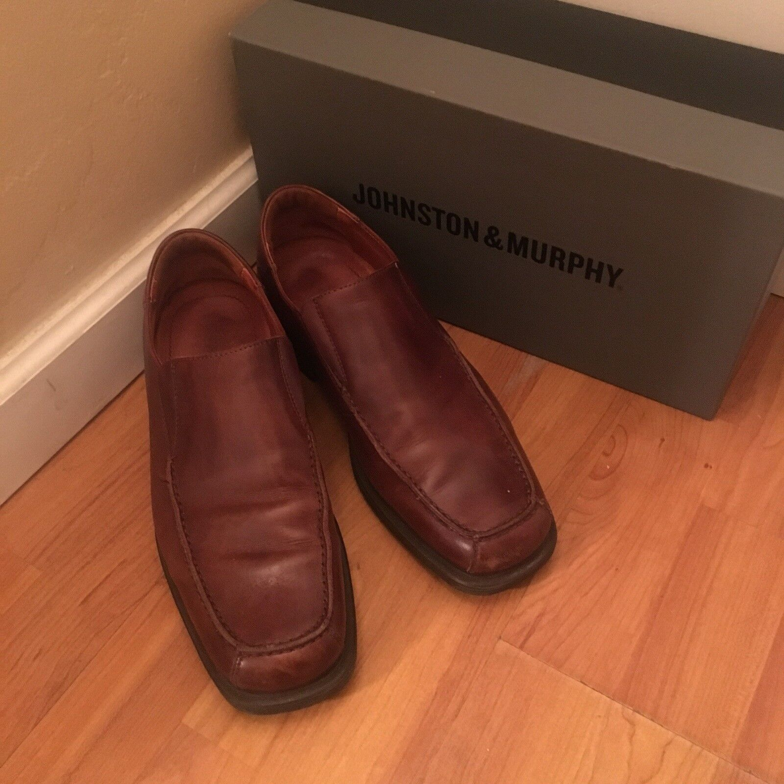 Classic Johnston & Murphy Harton Slip on shoes Brown Leather Size 10