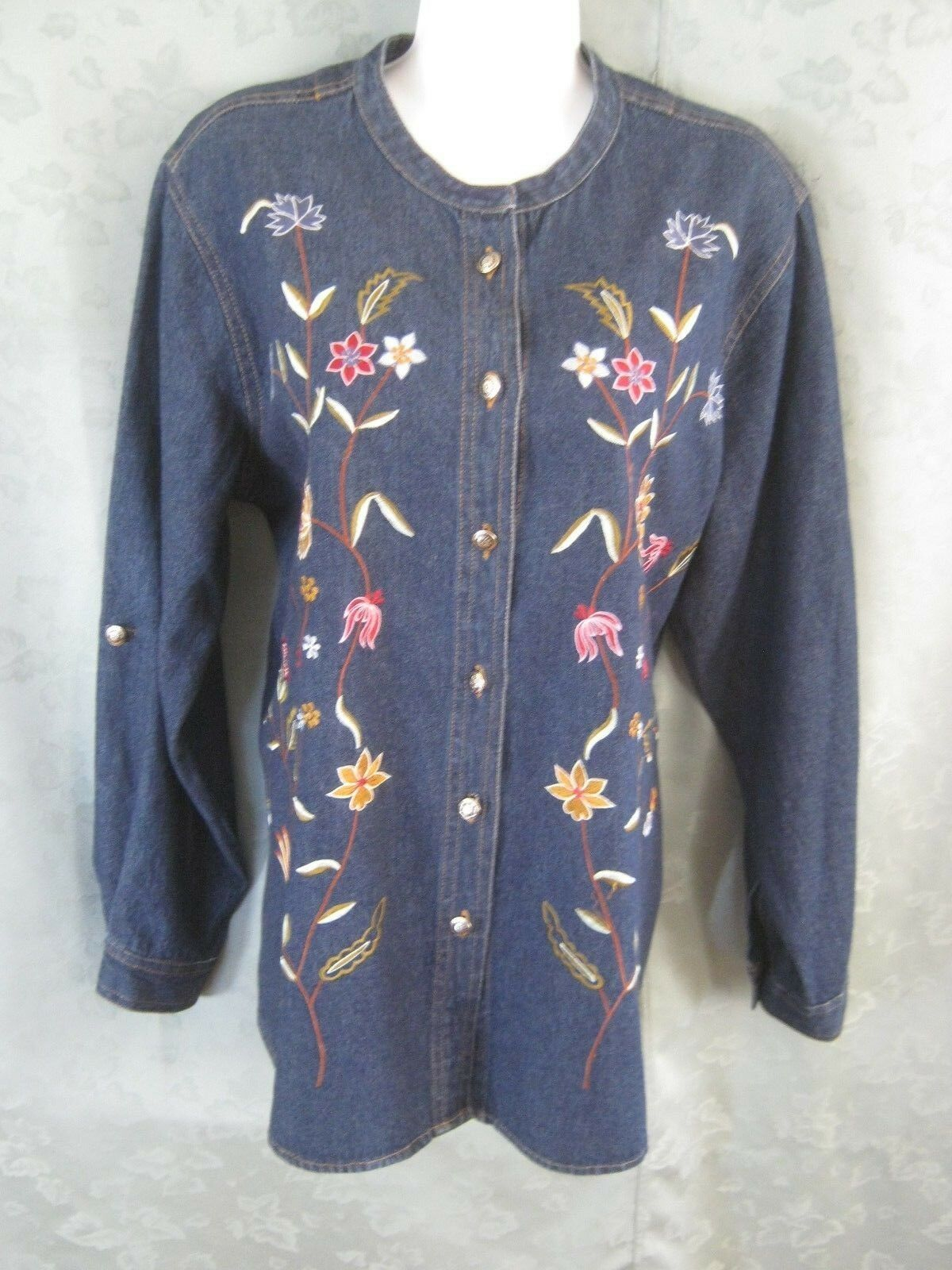 Coldwater Creek Shirt Size Large bluee Denim Floral Embroidered