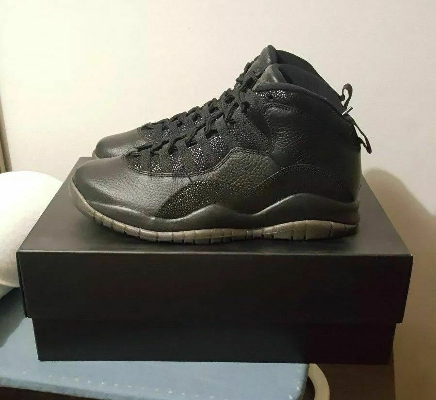 Air Jordan 10 Retro OVO - 819955 030 Size 8.5