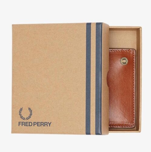 Fred Perry Tan Animal Embossed Card Leather Wallet Men/'s Card Holder Wallets