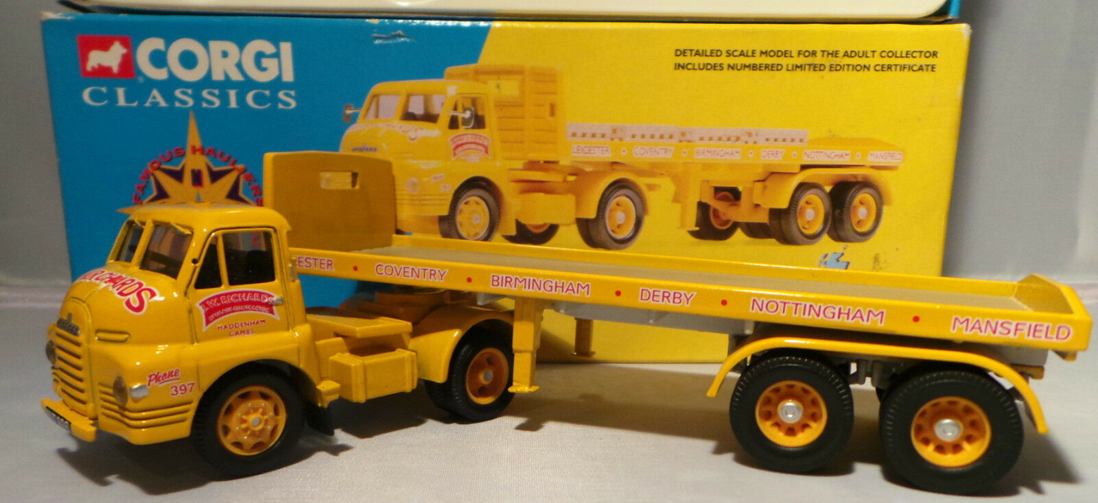 VEHICLES   CORGI CLASSICS BEDFORD S ARTIC TRAILER & PALLETS - 19802 - ..... (NK)