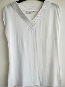 Jeanswest-ladies-size-8-top