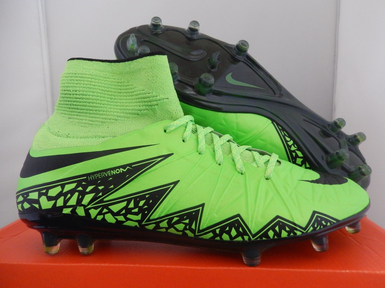 NIKE HYPERVENOM PHANTOM II 2 FG GREEN STRIKE-BLACK SZ 9 [747213-307]