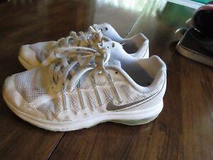 Nike Air Max Dynasty GS 820268100 sz 4.5Y sneakers silver
