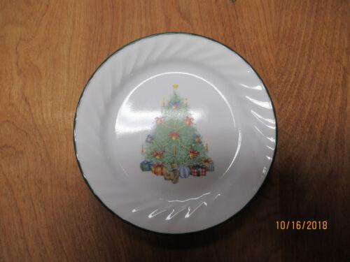 "Corelle HOLIDAY MAGIC Salad Plate 7 1//4/"" Tree Swirl 1 ea            10 available"