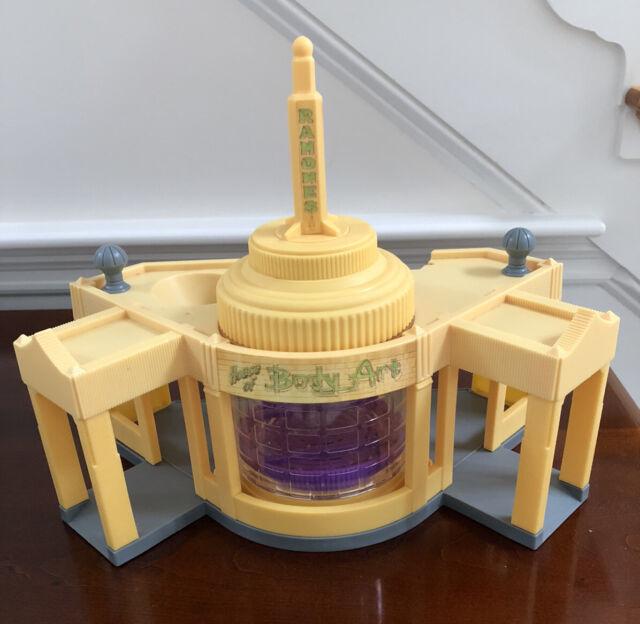 Mega Bloks 7790 Ramone S Paint Shop Disney Pixar Cars House Of Body Art Complete For Sale Online Ebay